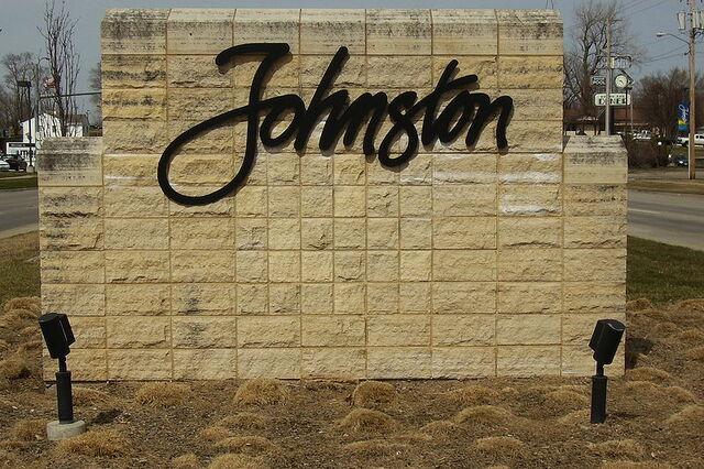 File:Johnston, Iowa.jpg