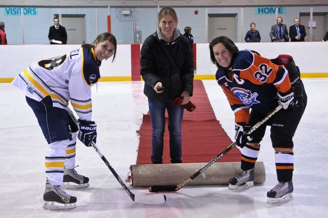 File:TeamAlberta FirstCWHLGame.jpg