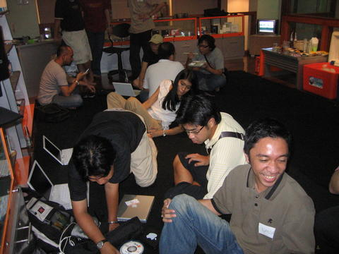 Berkas:Gathering5.jpg