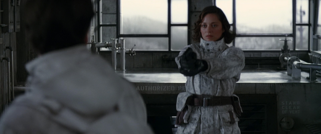 File:Mal preparing to shoot Fischer.png