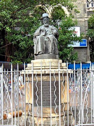 File:Dadabai Navroji statue Bombay.jpg