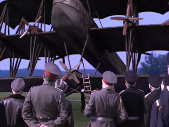 File:Inspecting the Giant.png