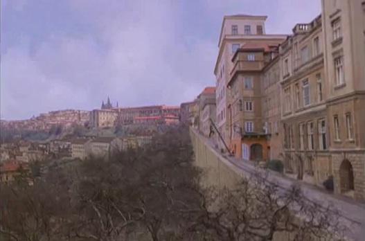File:Prague.jpg