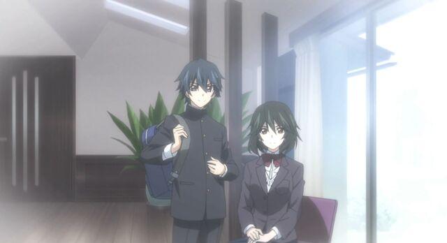 File:Ichika and Chifuyu2.jpg