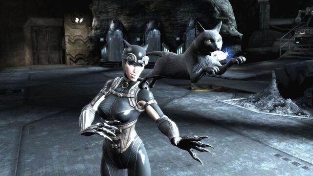 File:Hires catwoman screens 8 9 2012 005.jpg