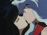 Kikyo-kisses-Inu
