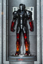 Hot-Toys-Hot-Rod-Iron-Man-Sixth-Scale-Figure-Die-Cast-e1417569539545