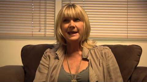 """Sunny Behind the Scenes """"Kerri Kenney Discusses Her Nude Drawing"""""""