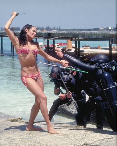 File:Promotional photo of Martine Beswick in Thunderball (1965).png