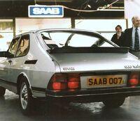 Saab 900 Rear