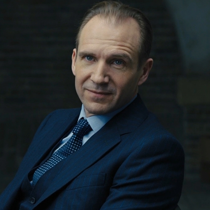 Ralph Fiennes) | James...
