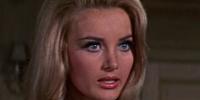 Miss Moneypenny (Barbara Bouchet)