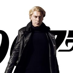 Official Skyfall promotional poster featuring Bardem as Raoul Silva.