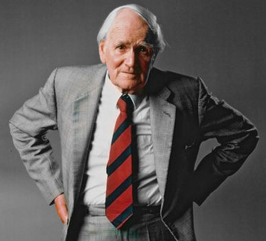 File:Frustrated Q (Desmond Llewelyn).png