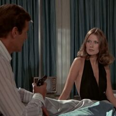 Andrea talks to Bond about Scaramanga