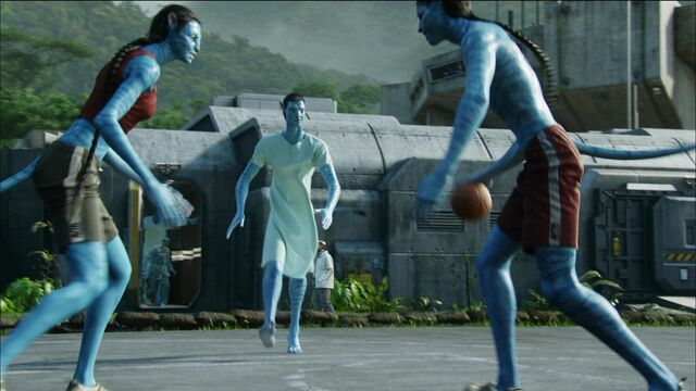 File:Avatars playing basketball 2.JPG