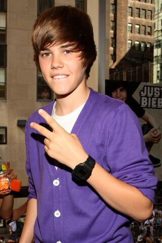File:Justin Bieber AP 2.jpg