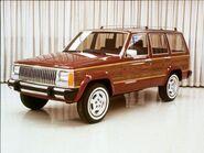 154 0609 03 z+1987 jeep xj+side view bright wood