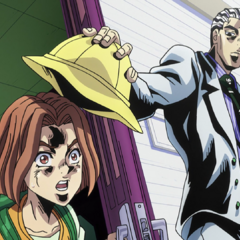 Hayato being scared by Kira, who plans to talk to him.