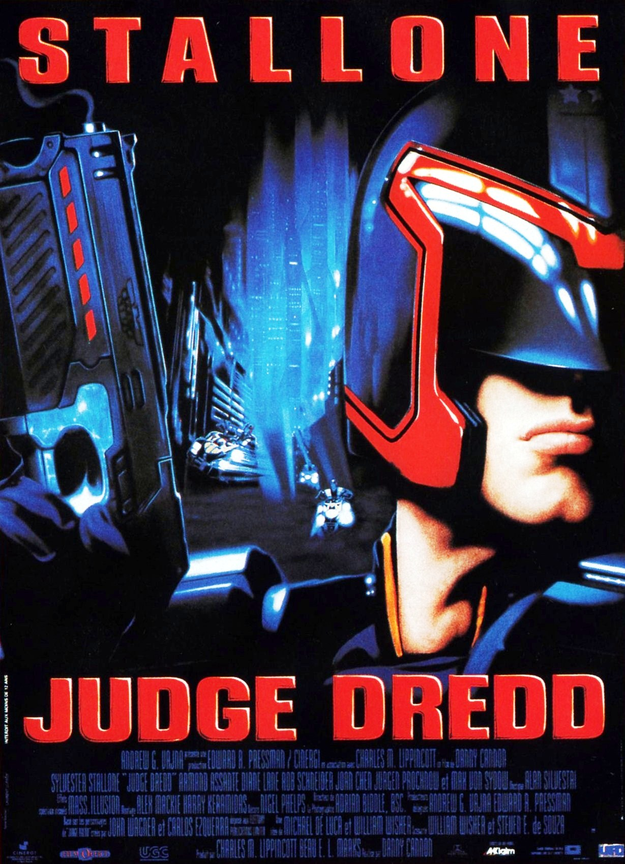 Judge Dredd 1995 poster