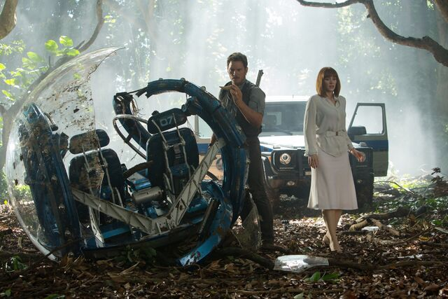 File:New-jurassicworld-movie-still-2.jpg