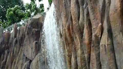 Jurassic Park Rapids Universal Studios Singapore -- Wet!
