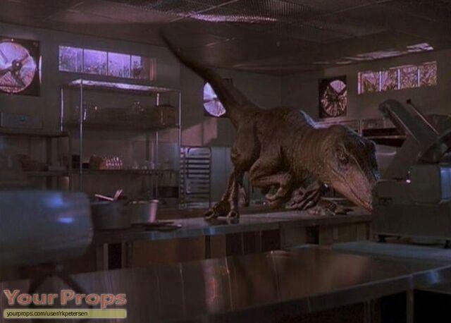 File:Raptor-Claw.jpg