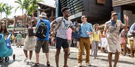 Crowd-dancing-main-street
