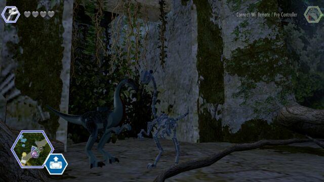 File:LEGO Jurassic Park JW Playable Troodon MlWA77xgGrMxYaCU M.jpg
