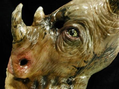 File:HHN 2k2 Rhinosaur-filtered.jpg