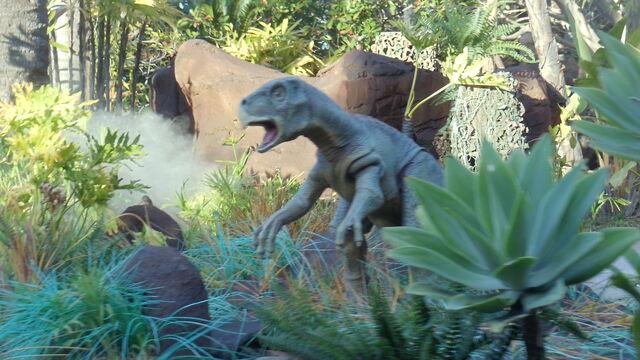 File:USH- Jurassic Park River Adventure Ride 3.jpg