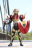 Kamen Rider Mars, Golden Arms