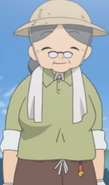 Akina Hinata the sweet old lady