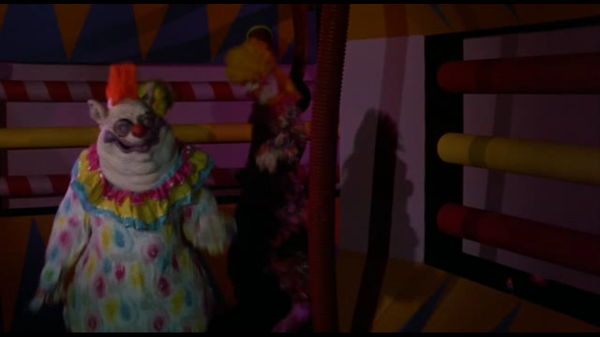 Image gallery killer klowns fatso for Who owns outer space