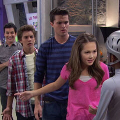 The Lab Rats mad at Leo