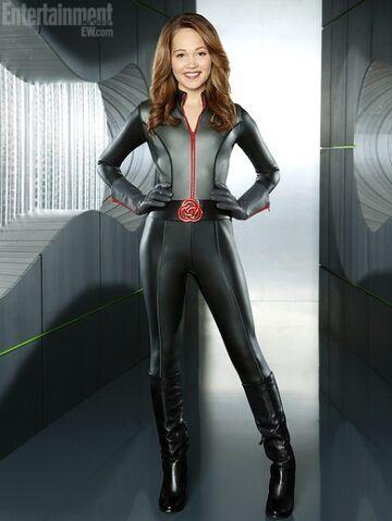 File:Bree new mission suit.jpg