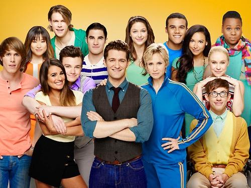 File:Glee.jpeg