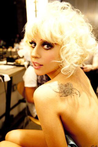 File:GagaMac1.jpg