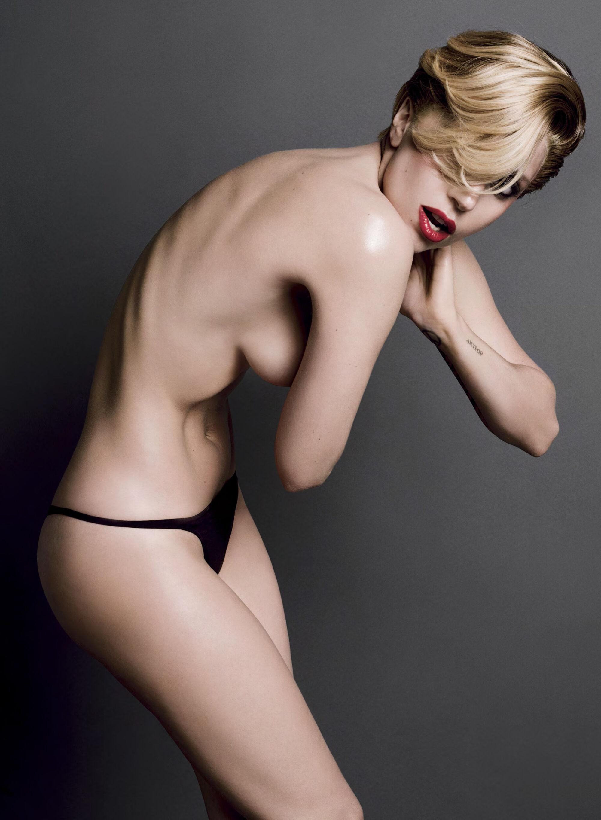 Фото голай леди гаги 8 фотография