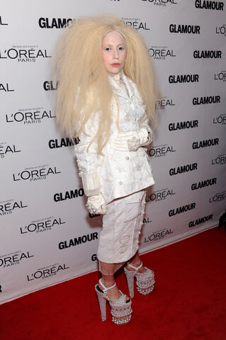 File:11-11-13 Glamour Magazine Women of the Year Awards Red Carpet 001.jpg