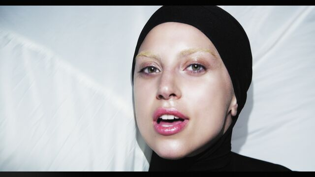File:Applause Music Video 038.jpg