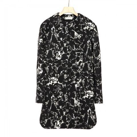 File:Balenciaga - Wool blend coat.jpg