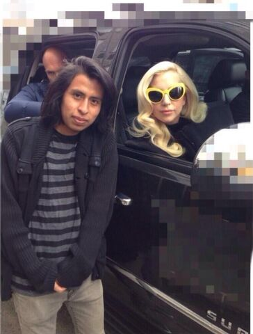 File:3-20-14 Leaving her apartment in NYC 002.jpg
