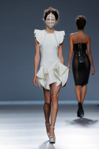 File:Maya Hansen - Spring-Summer 2015 Collection.jpg