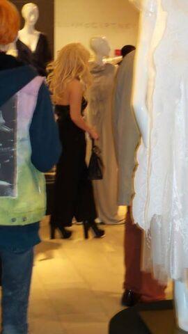 File:5-23-14 At Saks Store in NYC 002.jpg