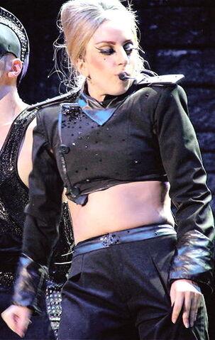 File:The Born This Way Ball Tour Scheiße 004.jpg