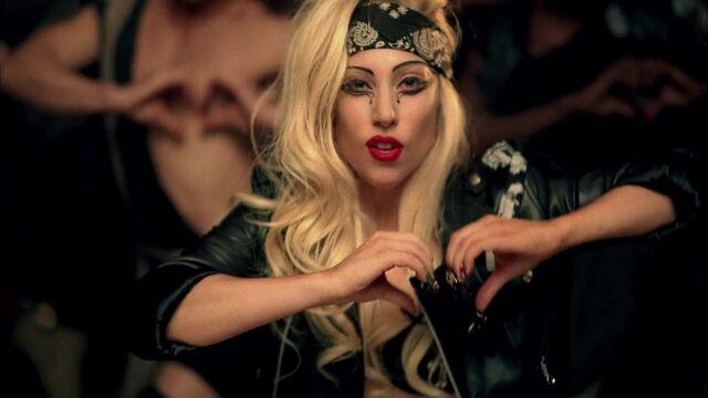 File:Lady Gaga - Judas 159.jpg