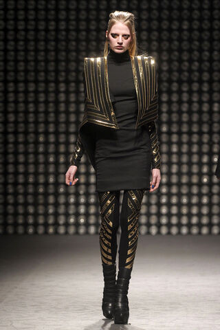 File:Gareth Pugh Fall 2011 RTW Jacket.jpg