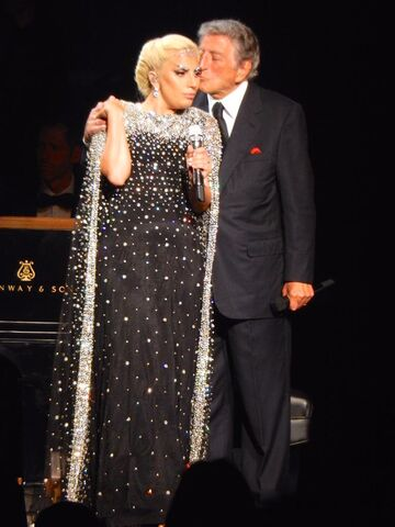 File:6-20-15 Cheek to Cheek Tour 003.jpeg