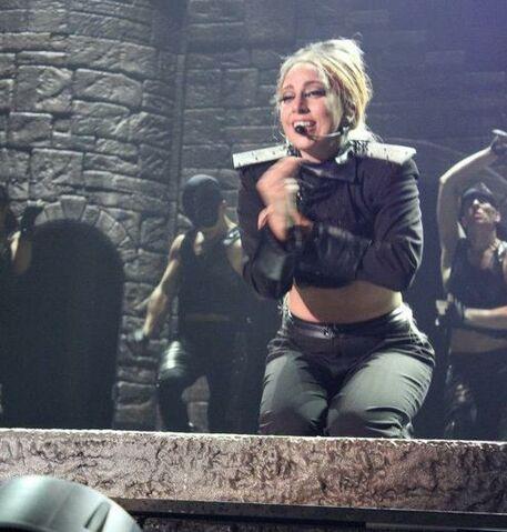 File:The Born This Way Ball Tour Scheiße 011.jpg